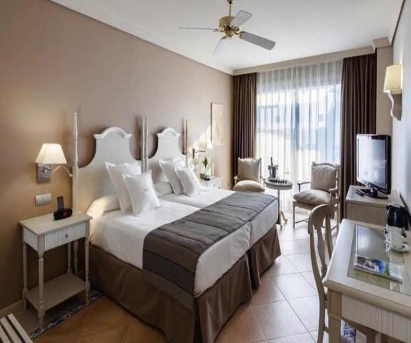 barcelo marbella hotel puerto banus