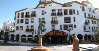 Park Plaza Suites Hotel