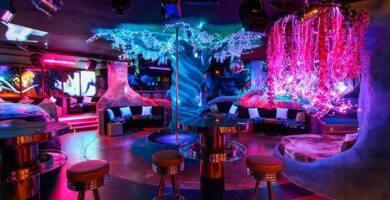 Night-Club-Striptease-Bar-Pink